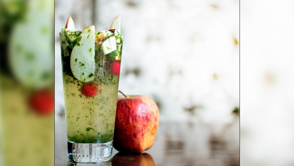रेसिपी: गर्मी के मौसम में कूल रहने के लिए पिए Apple Mojito