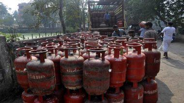 मोदी सरकार ने दी लोगों को राहत, LPG सिलेंडर के दामों में हुई बड़ी कटौती, जानिए नई कीमत