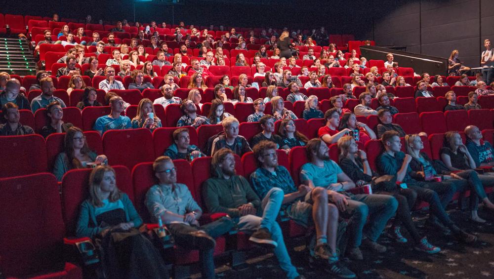 Book My Show को फिल्म टिकटों की बुकिंग पर ग्राहकों से इंटरनेट हैंडलिंग चार्ज लेना पड़ा महंगा, केस दर्ज