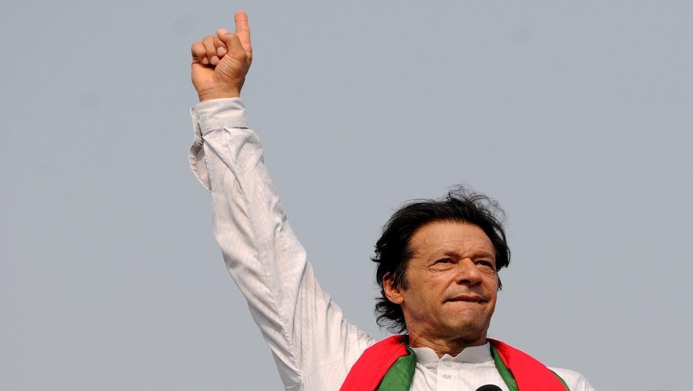 पाकिस्तान: प्रधानमंत्री तो बन गए इमरान मगर इन चुनौतियों से पार पाना नहीं होगा आसान