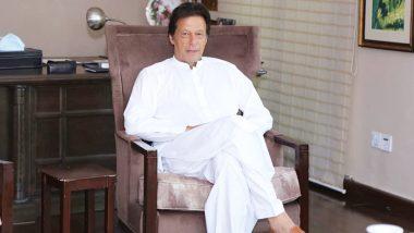पाकिस्तान  वन विभाग की कार्रवाई, पीएम इमरान खान के लिए सांप की खाल से बनाई सैंडल को किया जब्त