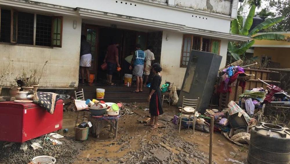 केरल से आई अच्छी खबर: बाढ़ से बर्बाद हुए 1.31 लाख घरों की सफाई पूरी, 23.36 लाख  घर हुए रोशन