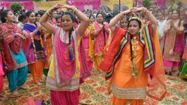 Hariyaali Teej 2019: आज पूरे देश में मनाया जा रहा है हरियाली तीज का त्योहार, जानिए शुभ मुहूर्त, पूजा विधि, व्रत कथा और महत्व