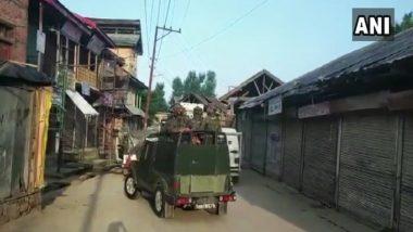 जम्मू-कश्मीर: आर्मी कैंप के बाहर दो संदिग्ध जासूस गिरफ्तार, बना रहे थे VIDEO