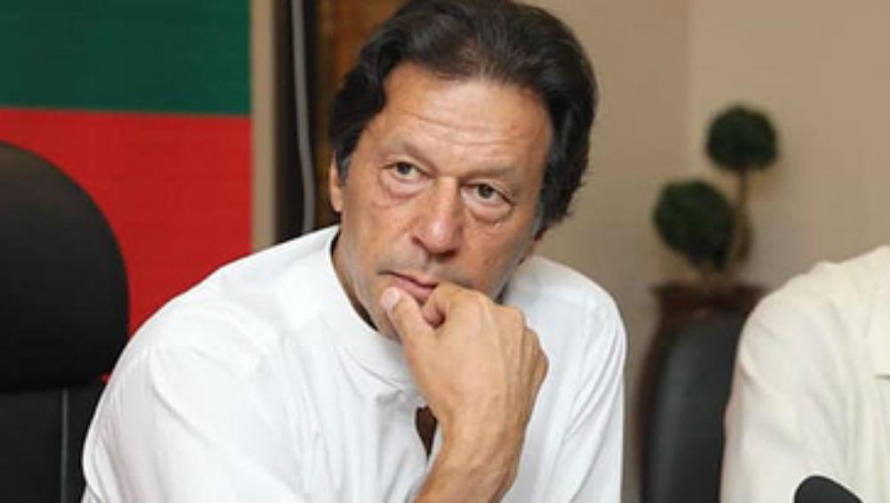 अमेरिका से पाकिस्तान लौट रहे इमरान खान के विमान की इमरजेंसी लैंडिंग, न्यूयॉर्क वापस भेजा गया प्लेन