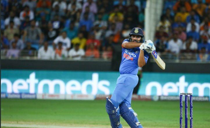 India vs Australia: रोहित शर्मा ने लगाया शानदार शतक, भारतीय टीम जीत की राह पर