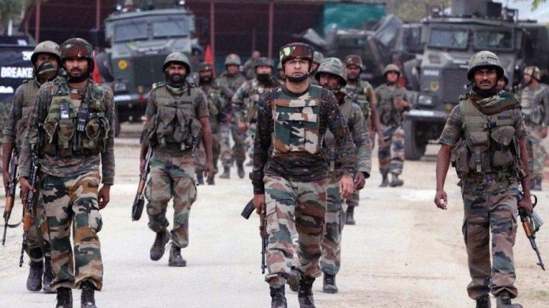थल सेना: कश्मीर घाटी में 300 आतंकवादी सक्रिय, 250 से अधिक घुसपैठ करने की फिराक में