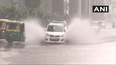 दिल्ली-NCR में भारी बारिश, मौसम विभाग ने जारी किया अलर्ट