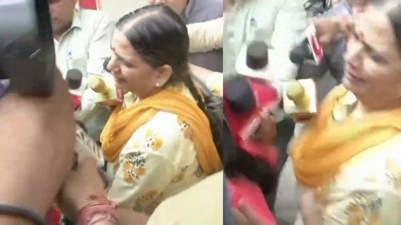 भीमा कोरेगांव हिंसा: पुणे पुलिस ने एक्टिविस्ट सुधा भारद्वाज को फिर किया गिरफ्तार, नक्सलियों से संबंध रखने का है आरोप
