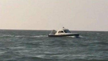 Coast Guards Rescued 6 Fishermen: तमिलनाडु में तटरक्षकों ने 6 मछुआरों की बचाई जान, डूबती नाव की मरम्मत भी कीड
