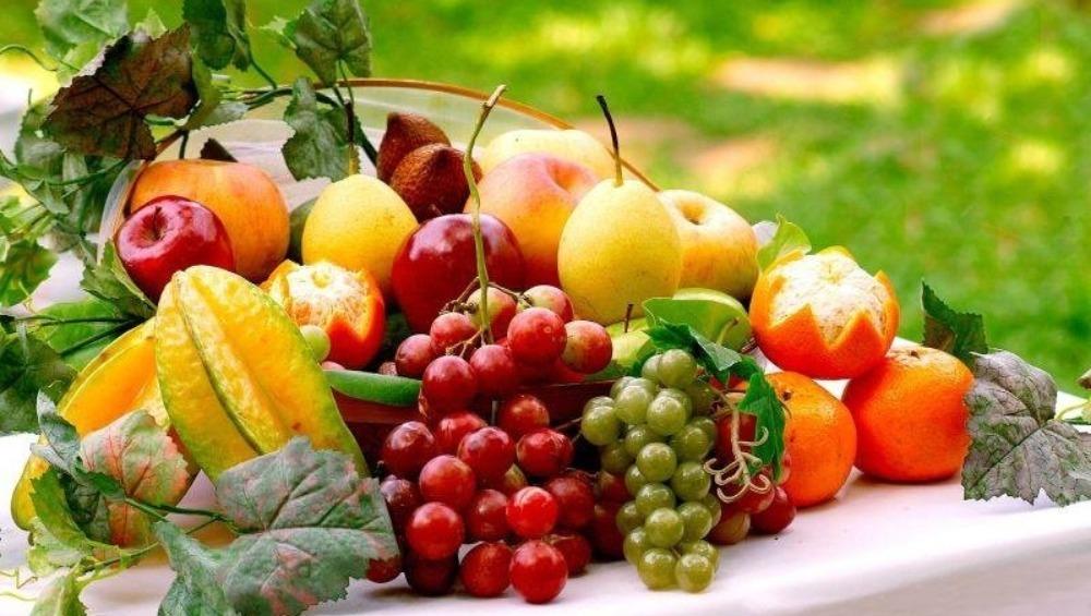 आ जाएंगे मोटापे की गिरफ्त में,अगर जरूरत से ज्यादा करेंगे इन फलों का सेवन