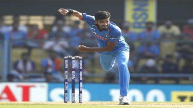 IPL 2019: कोलकाता नाइट राइडर्स के खिलाफ शानदार गेंदबाजी के लिए हैदराबाद के तेज गेंदबाज खलील अहमद को मिला 'मैन ऑफ द मैच' अवार्ड