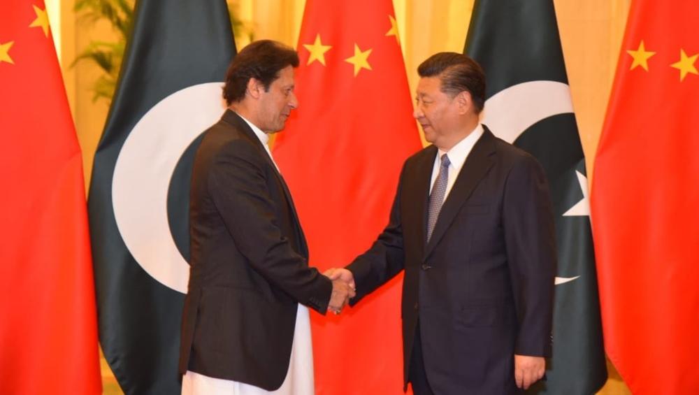 मदद की उम्मीद में चीन पहुंचे इमरान खान ने शी जिनपिंग की तारीफ में पढ़े कसीदे, मिल सकता है नया कर्ज