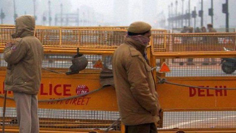 कोरोना वायरस: लॉकडाउन तोड़ने वालों के खिलाफ दिल्ली पुलिस का एक्शन, रविवार को 3811 लोगों को लिया हिरासत में