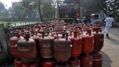 नए साल पर मोदी सरकार का तोहफा, 120 रुपए सस्ता हुआ LPG सिलेंडर, मंगलवार से लागू होगी नई कीमत