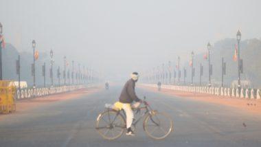 दिल्ली: राष्ट्रीय राजधानी में धुंध भरी सुबह, शहर की वायु गुणवत्ता 'खराब' स्तर पर हुई दर्ज