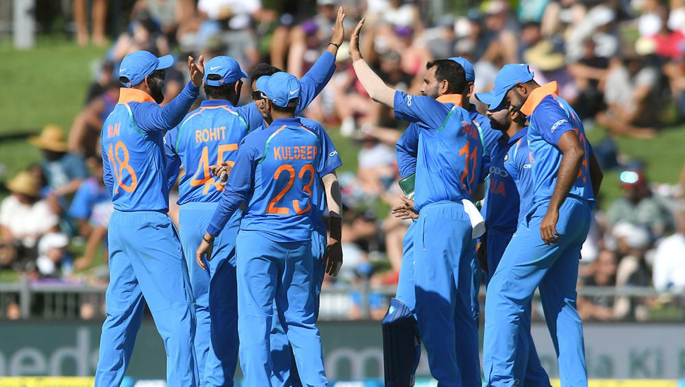 India vs West Indies 2019 Series: वेस्टइंडीज दौरे के लिए धोनी और हार्दिक पांड्या को दिया गया आराम, इन खिलाड़ियों को मिली टीम में जगह