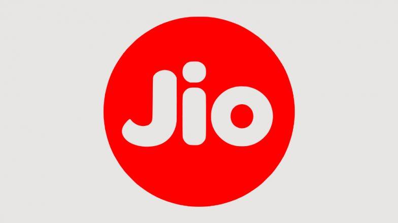 Reliance Jio ने  यूजर्स को दिया बड़ा झटका, वॉइस कॉल पर अब देने होंगे 6 पैसे प्रति मिनट का शुल्क