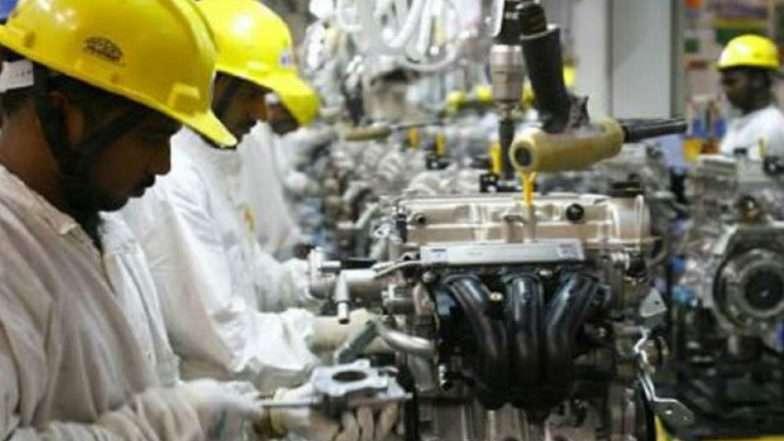 अर्थव्यवस्था को झटका, देश के औद्योगिक उत्पादन की रफ्तार 17 महीने के निचले स्तर पर पहुंची