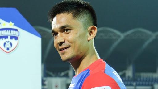 फुटबाल टीम के कप्तान सुनील छेत्री ने क्रिकेट टीम की तारीफ की
