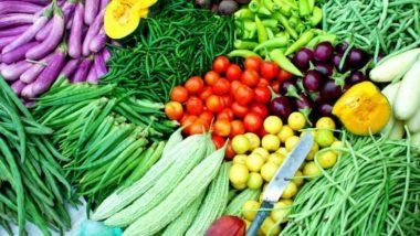 Fact Check: कोरोना वायरस फैलाने के लिए सब्जियों और फलों पर लगाया जा रहा थूक, जानें वायरल ऑडियो का सच