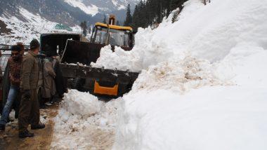 जम्मू-कश्मीर:भारी बर्फबारी के चलते कई क्षेत्रों में हिमस्खलन, 3 सैनिक शहीद; एक लापता