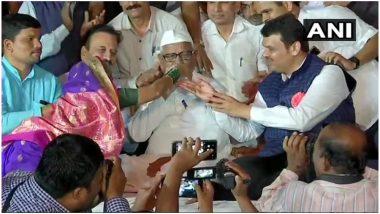 अन्ना हजारे ने लोकपाल के मुद्दे पर CM देवेंद्र फडणवीस के आश्वासन पर जताया भरोसा, खत्म किया अपना अनशन