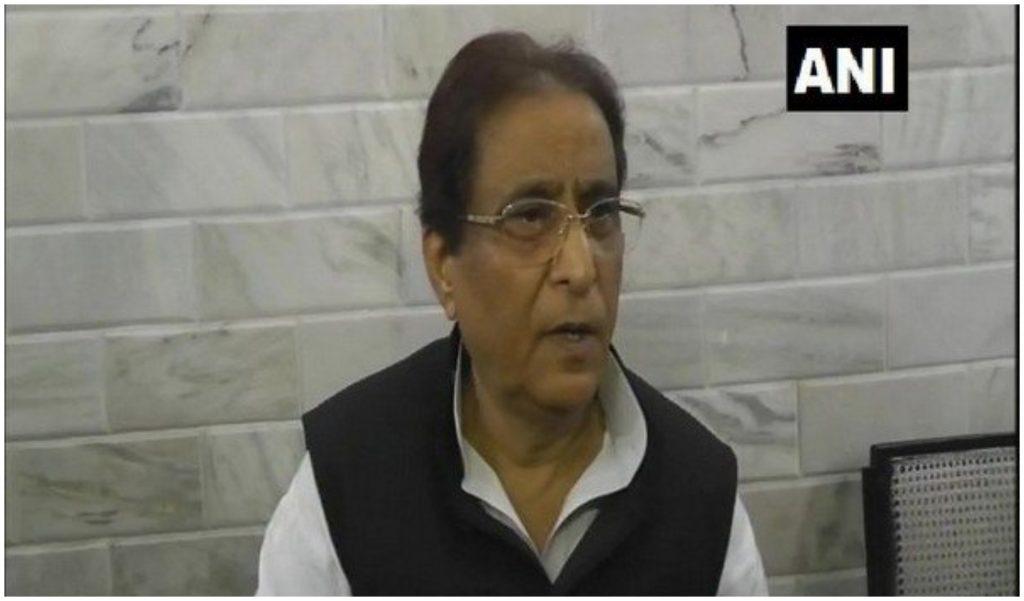 यूपी: सपा नेता आजम खान के खिलाफ FIR दर्ज, संघ और शिया धर्म गुरु को बदनाम करने का आरोप