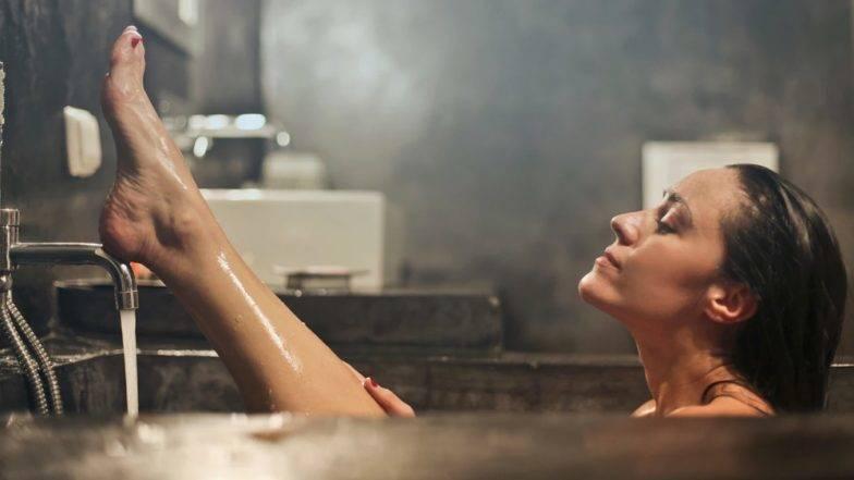 गर्म पानी से अगर आप भी नहाते हैं रोजाना, तो जरा जान लीजिए इससे होने वाले ये नुकसान