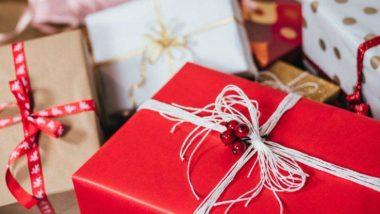 Propose Day 2019 Gift Ideas: इन खूबसूरत गिफ्ट्स के साथ करें अपने प्यार का इजहार