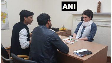 कांग्रेस दफ्तर पहुंचकर प्रियंका गांधी ने संभाली महासचिव पद की कुर्सी, स्वागत में समर्थकों ने लगाए जोरदार नारे