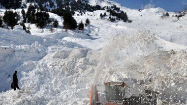 श्रीनगर में मौसम ने बदला मिजास, 24 घंटे तक बारिश और बर्फबारी होने की संभावना