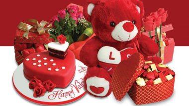 Valentine's Day 2021 Gift Ideas: वैलेंटाइन डे पर अपने साथी को दें ये 6 खूबसूरत उपहार और बनाएं प्यार के इस पर्व को यादगार