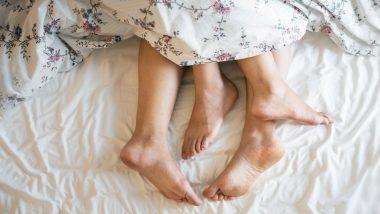 पीरियड्स के दौरान बनाना चाहते हैं यौन संबंध? ट्राई करें ये सेक्स पोजीशन