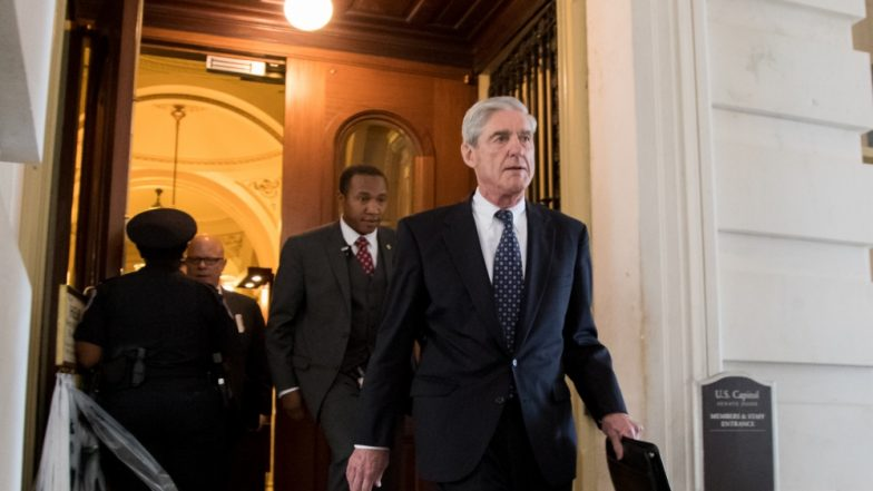 अमेरिका: विशेष अधिवक्ता रॉबर्ट मुलर ने कांफिडेंसिअल रूसी जांच रिपोर्ट अटॉर्नी जनरल विलियम बर को सौंपी