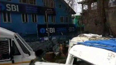 जम्मू-कश्मीर: पुलवामा में आतंकियों ने सीआरपीएफ पोस्ट को बनाया निशाना, ग्रेनेड हमले में 1 जवान घायल