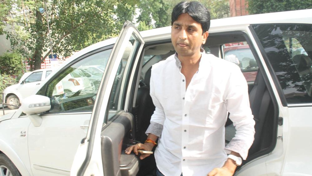 कुमार विश्वास की फॉर्च्यूनर कार गाजियाबाद उनके घर के बाहर से हुई चोरी, जांच में जुटी  पुलिस