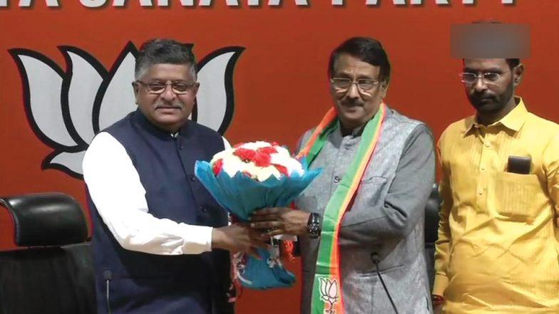 लोकसभा चुनाव 2019: कांग्रेस को बड़ा झटका, पार्टी प्रवक्ता टॉम वडक्कन हुए बीजेपी में शामिल