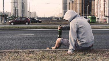 शराब के नशे में टल्ली होकर अक्सर लोग करते हैं ये 5 हरकतें, कहीं आप भी इनमें शामिल तो नहीं