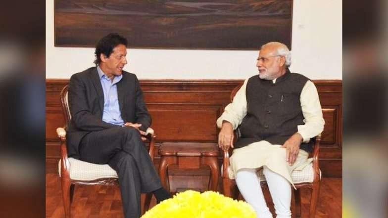 पाकिस्तान के प्रधानमंत्री इमरान खान ने फोन पर की पीएम मोदी से बात, मिलकर काम करने की इच्छा जताई