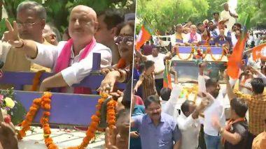 लोकसभा चुनाव 2019: BJP कैंडिडेट और पत्नी किरण खेर के साथ अनुपम खेर ने चंडीगढ़ में किया चुनाव प्रचार