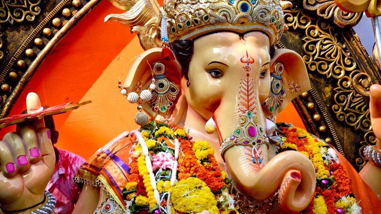 विनायक चतुर्थी 2019 वैशाख शुक्ल: जब भगवान शिव, माता पार्वती और कार्तिकेय को भी करनी पड़ी गणेश जी की पूजा, जानिए इससे जुड़ी यह पौराणिक कथा