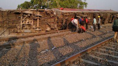 कानपुर: पूर्वा एक्सप्रेस के 12 डिब्बे पटरी से उतरे, 14 घायल, हेल्पलाइन नंबर जारी