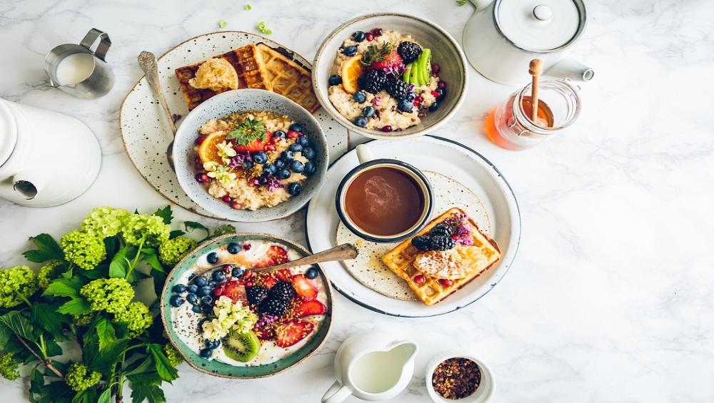 सुबह नाश्ता न करने पर और देर रात में भोजन करना हो सकता है हानिकारक, हार्ट अटैक का बढ़ सकता है खतरा