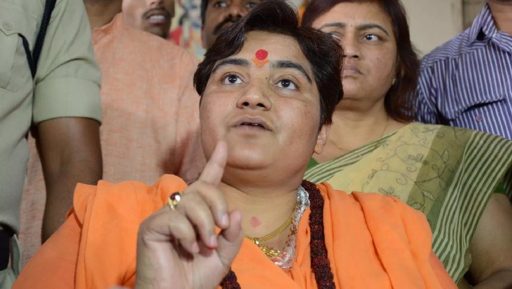 साध्वी प्रज्ञा सिंह ठाकुर को रक्षा मंत्रालय की कमेटी में मिली जगह, कांग्रेस नेता जयवीर शेरगिल ने कहा- गोडसे भक्तों के अच्छे दिन!