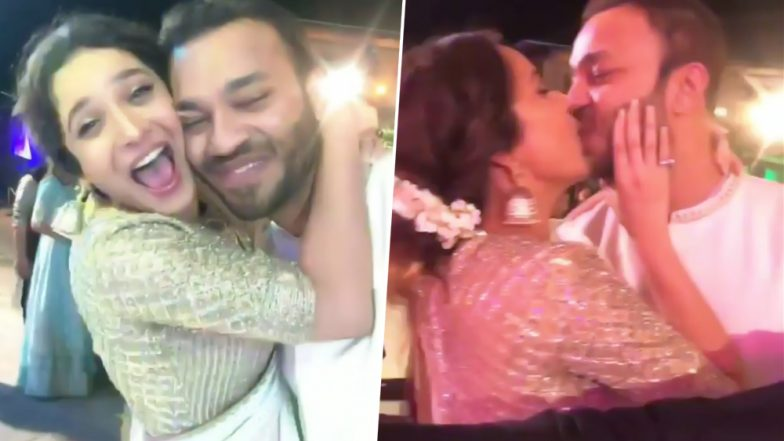 अंकिता लोखंडे ने अपने बॉयफ्रेंड विक्की जैन को सरेआम किया Kiss, देखें ये Viral Video