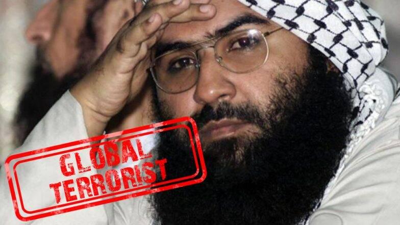 भारत के सामने झुका पाकिस्तान, आतंकी मसूद अजहर पर लगाया बैन