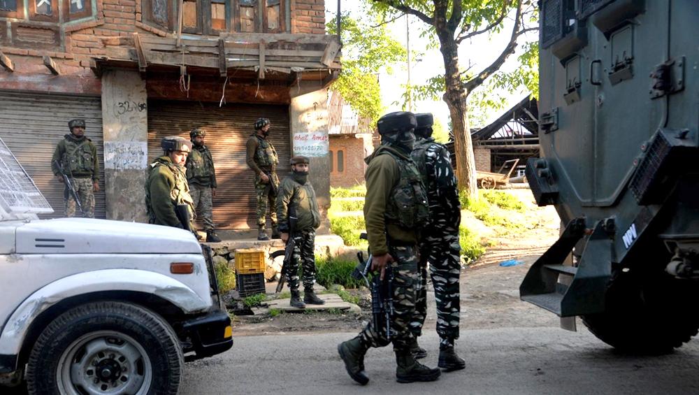 जम्मू-कश्मीर: सोपोर से लश्कर-ए-तैयबा का एक आतंकी गिरफ्तार, सेना और पुलिस ने साथ में दिया ऑपरेशन को अंजाम