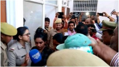 सिरफिरे आशिक ने भोजपुरी अभिनेत्री रितु सिंह को बनाया बंधक, पुलिस पर की फायरिंग, हुआ गिरफ्तार