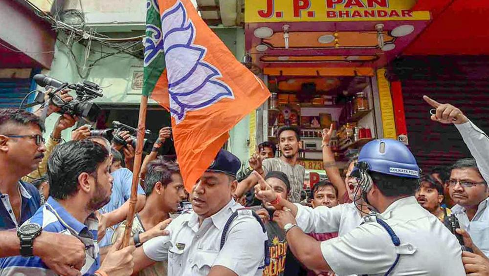 राज्य सरकार ने बंगाल में हो रहे हिंसा पर केन्द्र से किया परामर्श, कहा- नियंत्रण में स्थिति